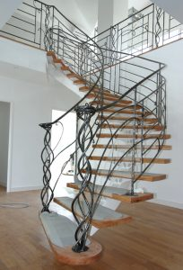 Rampes acier brossé & verni sur escalier bois design contemporain RP métal creation Blanchard google wordpress