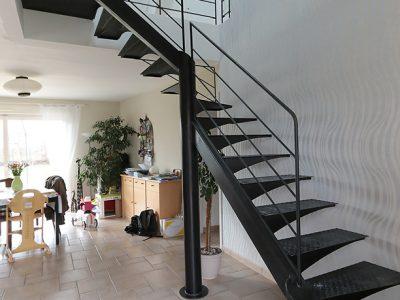 Escaliers totem design RP métal creation Blanchard google wordpress