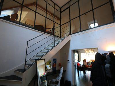 Verrière intérieure et rampe acier design