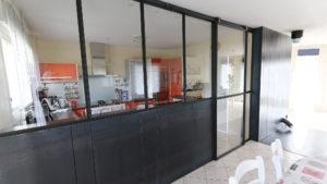 Cuisine & baie vitrée en acier
